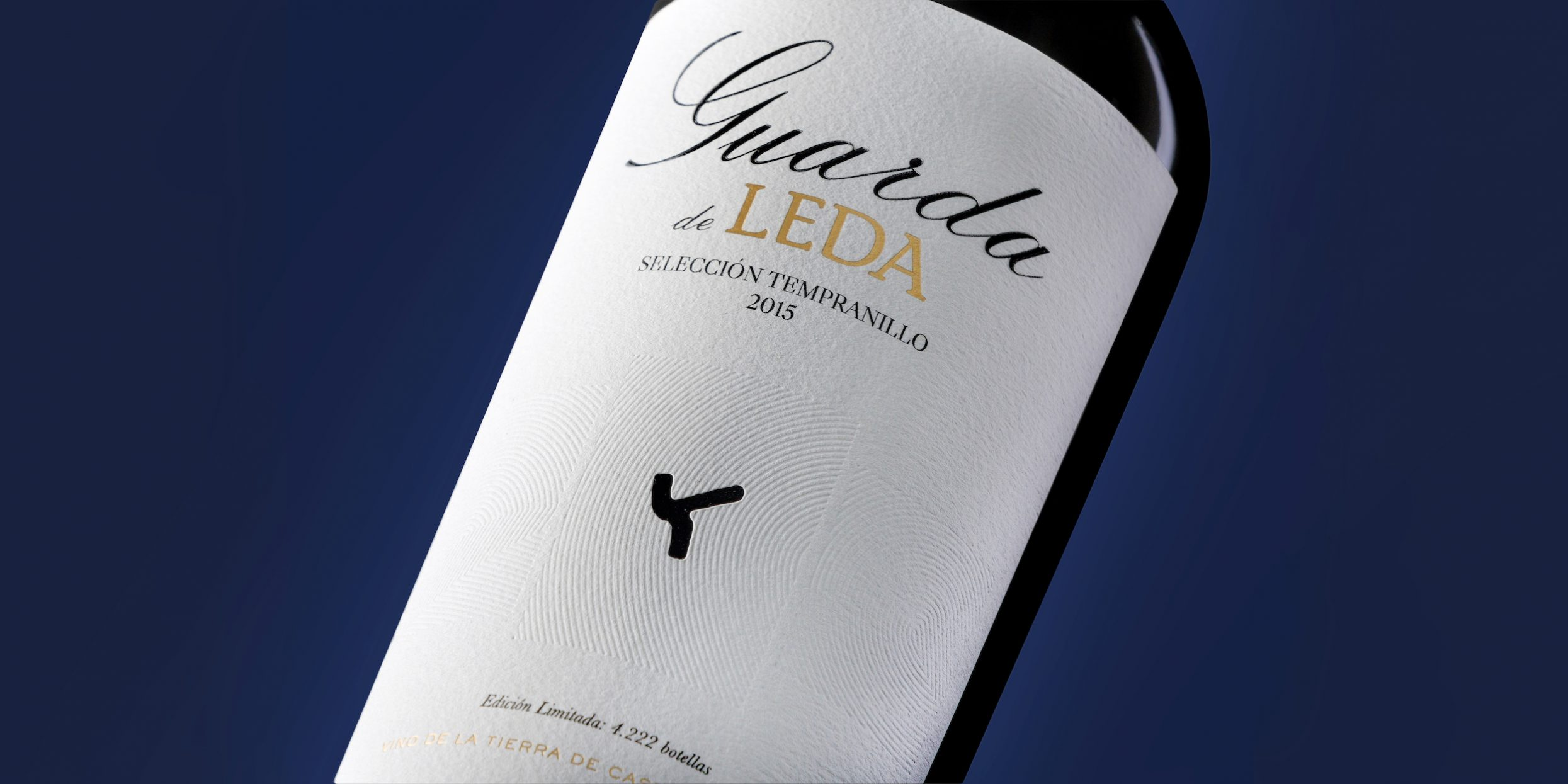 Guarda de Leda - packaging https://www.bodegasleda.com/